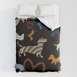 dachshund dog. love. pattern Comforters