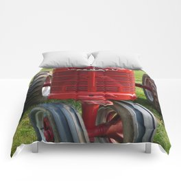 Red Farmall Tractor Comforters