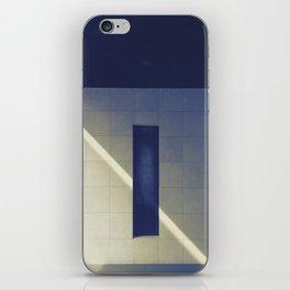 ray iPhone Skin
