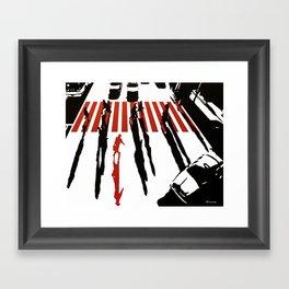 La malette rouge Framed Art Print