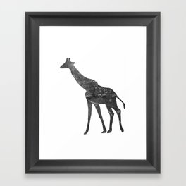 Giraffe (The Living Things Series) Framed Art Print