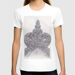 Pencil drawing of wood carved bench T-shirt
