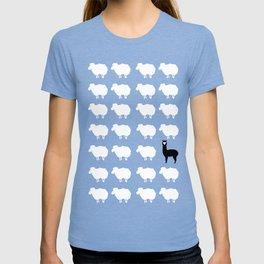 Don't be a sheep, Be a Llama T-shirt