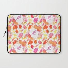 Lovely Australiana Floral Print - Kangaroos and Australian Native Florals Laptop Sleeve
