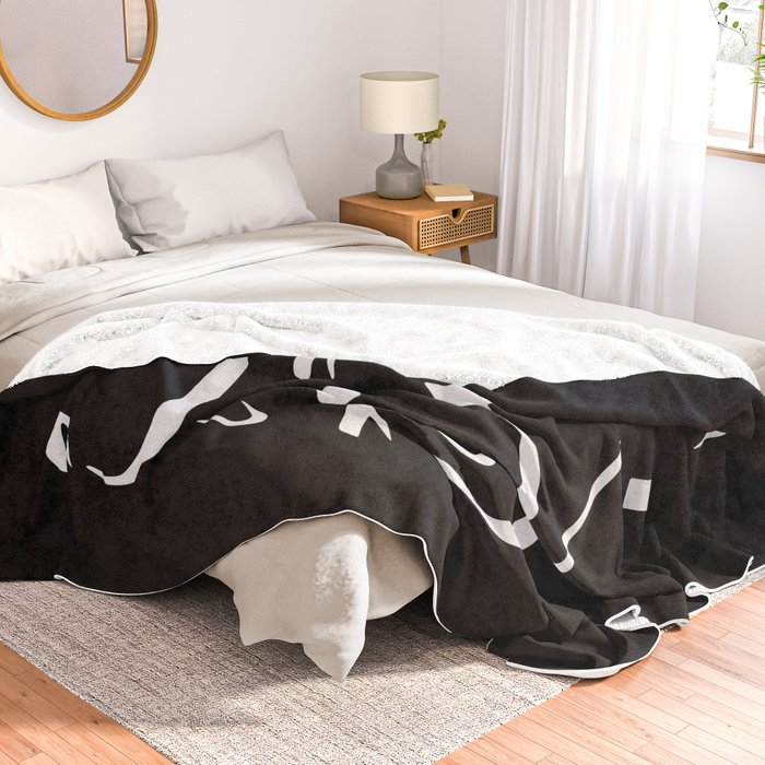 Happens Arabic Calligraphy Throw Blanket
