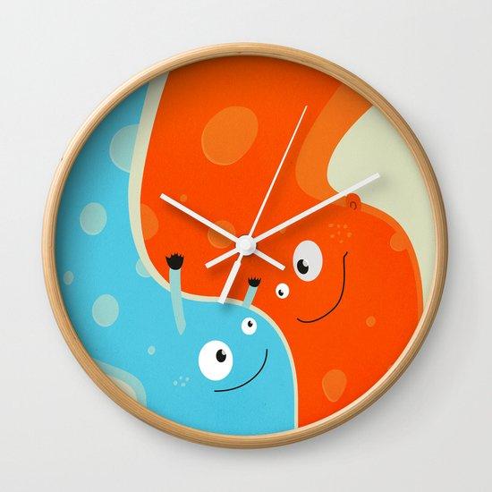 Hugging Cute Cartoon Characters Wall Clock