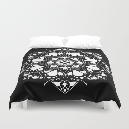 Mandala V  Duvet Cover