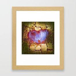 Mon Coeur Pleure Framed Art Print