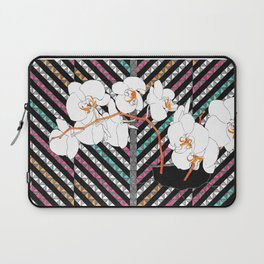 Breaking Patterns (color variation: red accents) Laptop Sleeve