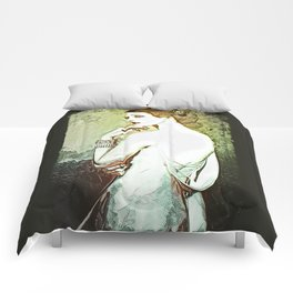 Salacia Comforters