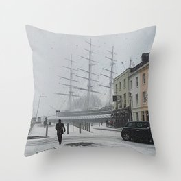 The Clipper in the snow Throw Pillow