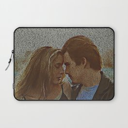 Text Portrait of Ethan Hawke and Julie Delpy with Full Script of the movie Before Sunrise Laptop Sleeve