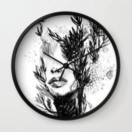 BLACK N WHITE WOMEN ABSTRACT FACE-LOVE Wall Clock