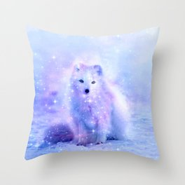 Arctic iceland fox Throw Pillow
