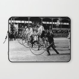 Bicycle race Laptop Sleeve