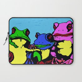 FROG FAMILY HANGING OUT ON A LIMB Laptop Sleeve