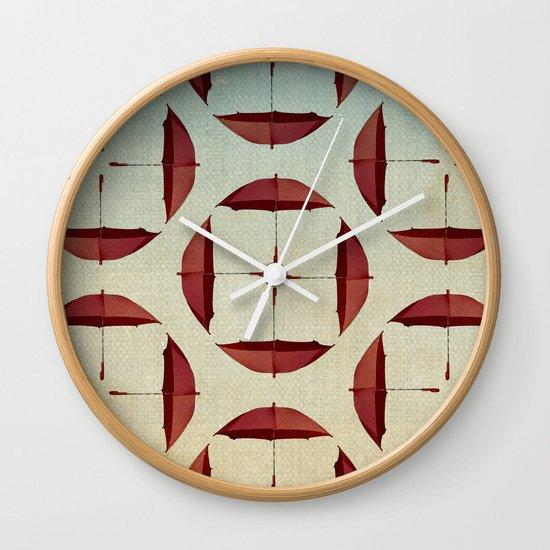 circle the umbrellas Wall Clock