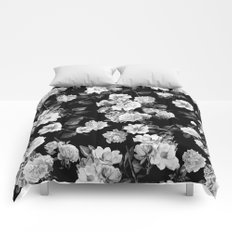 Black and White Botanic Pattern Comforters