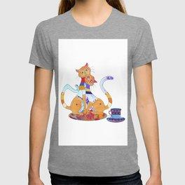 Tea for 2 Kitty Loves T-shirt