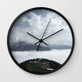 Pokut Wall Clock