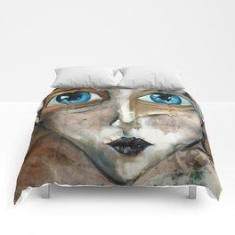 Oleo de mujer de ojos azules Comforters