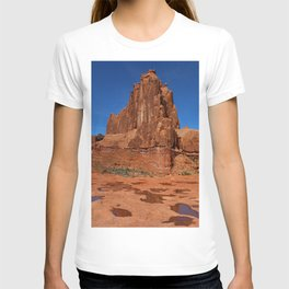 Red Rockformation in Arches NP T-shirt