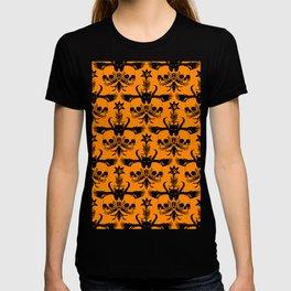 The Flying Black Cat Spell | damask | orange pumpkin T-shirt
