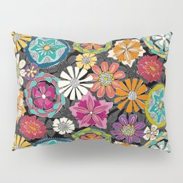 I feel love jet Pillow Sham