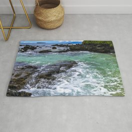Emerald Tropical Scenic Surf Waves With Turquoise Sky Rug
