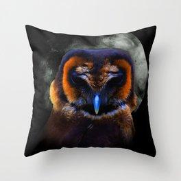 Chouette Sous La Lune / Owl Under The Moon Throw Pillow