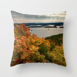 Autumn colors in New Hampshire Throw Pillow