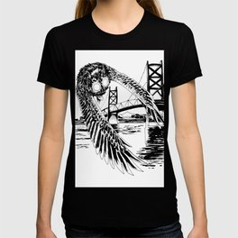Mothman loves bridges T-shirt