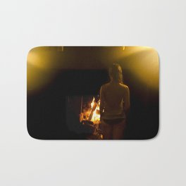 Jouer aver le feu // Playing with Fire Bath Mat