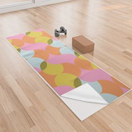 Mod 60s Mid Century Pattern in Bright Pastels Yoga Towel