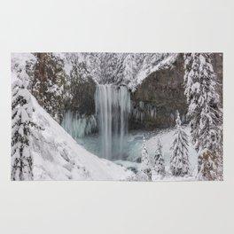 Tamanawas Falls in Winter Rug