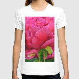 Dark Pink Tree Peony by Teresa Thompson T-shirt
