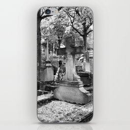 Père Lachaise Cemetery in Black and White, Paris France iPhone Skin