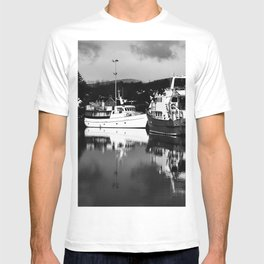 Boats on the Canal T-shirt