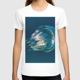 Jellyfish - Nature Photography T-shirt