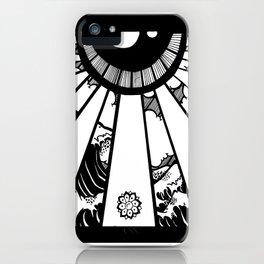 EL MAR LAS NUVES Y UN OJO iPhone Case