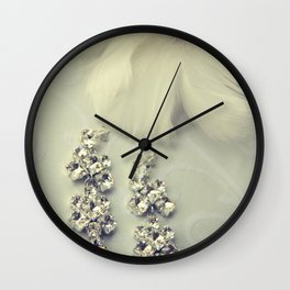 Diamnond / Crystal Earrings and feather flower Wall Clock