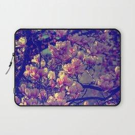 Magnolia flowers design in the garden of spring Laptop Sleeve