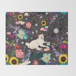 Momo Wonderland Throw Blanket