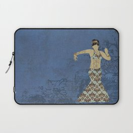 Belly dancer 4 Laptop Sleeve