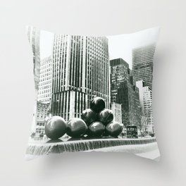 New York cu Throw Pillow