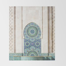 Fountain the Mosque of Hassan II in Casablanca, Morocco Throw Blanket