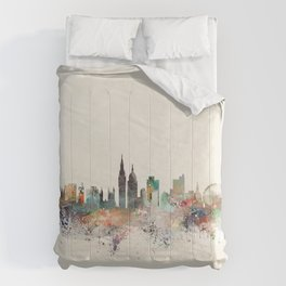london england skyline Comforters