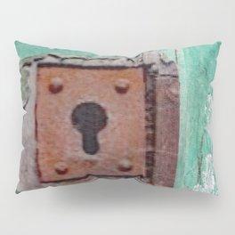 Keyhole Mystery Pillow Sham