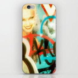 La Di Va iPhone Skin