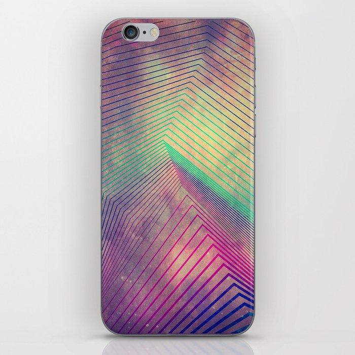 lyyn tyym iPhone Skin